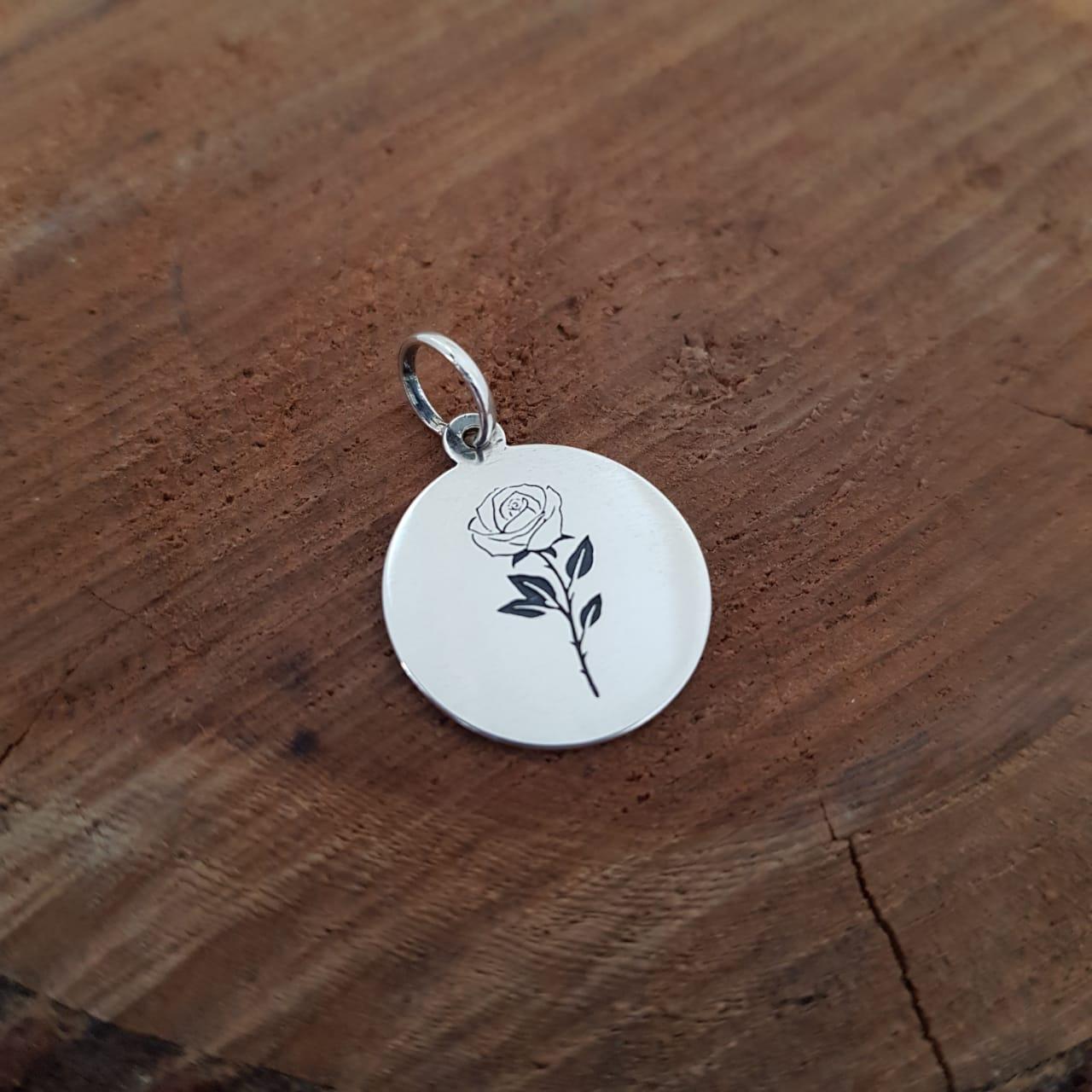 Pingente de Prata Medalhinha Rosa