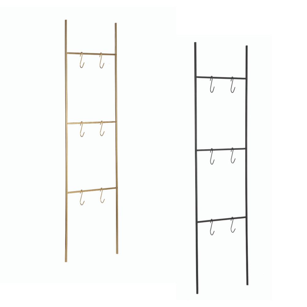 Escada Decorativa de Metal com Ganchos - Preta ou Dourada - 155x40x1cm