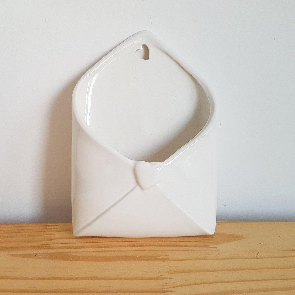 Vaso Envelope Love Letter para Parede - 19X13X6CM