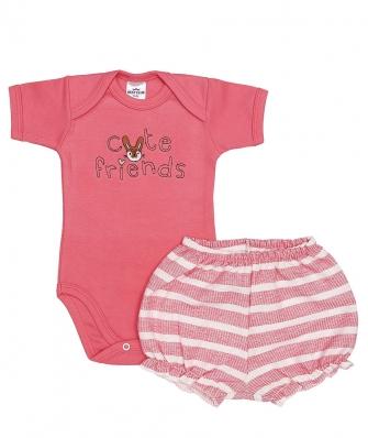 Conjunto body manga curta e shorts Best Club Baby rosa cereja e off white com bordado escrita