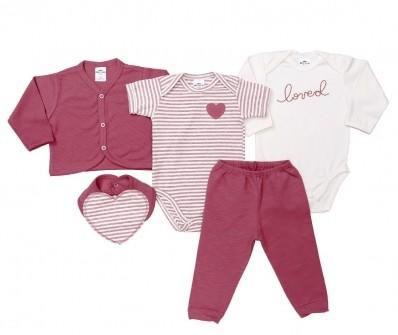 Kit 5 peças body manga curta e manga longa, calça, casaco e babador Best Club baby creme e violeta com bordado coração