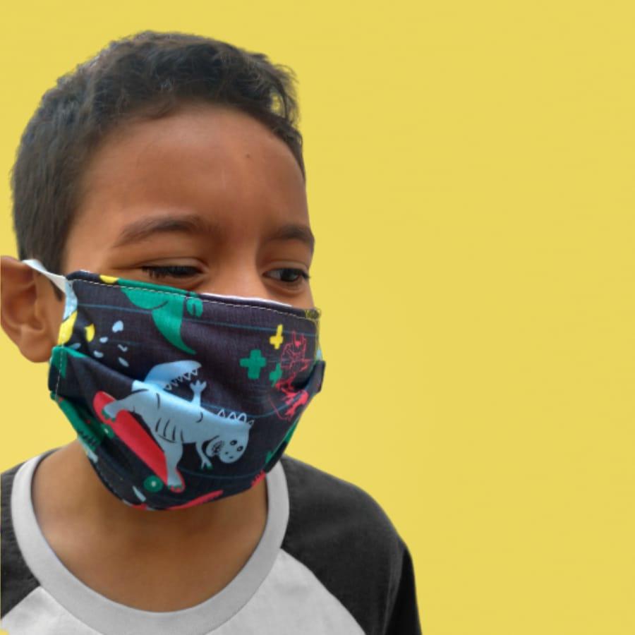 Kit 3 máscaras proteção infantil tecido lavável reutilizável estampa dinossauro colors