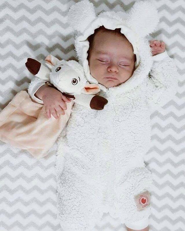 Macacão infantil pelúcia carneirinho branco