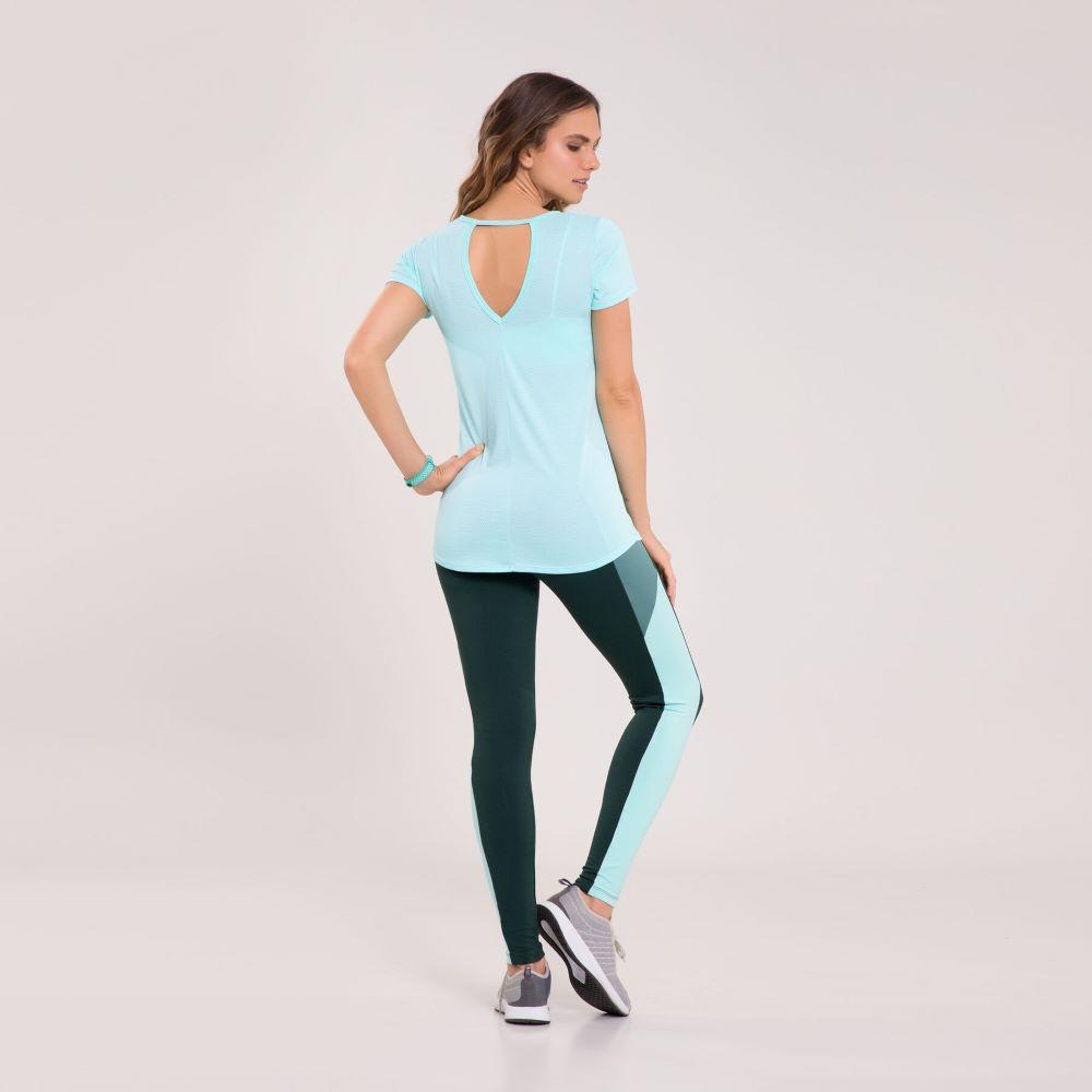 Camiseta Graphene Recorte Costas Feminina Verde Água