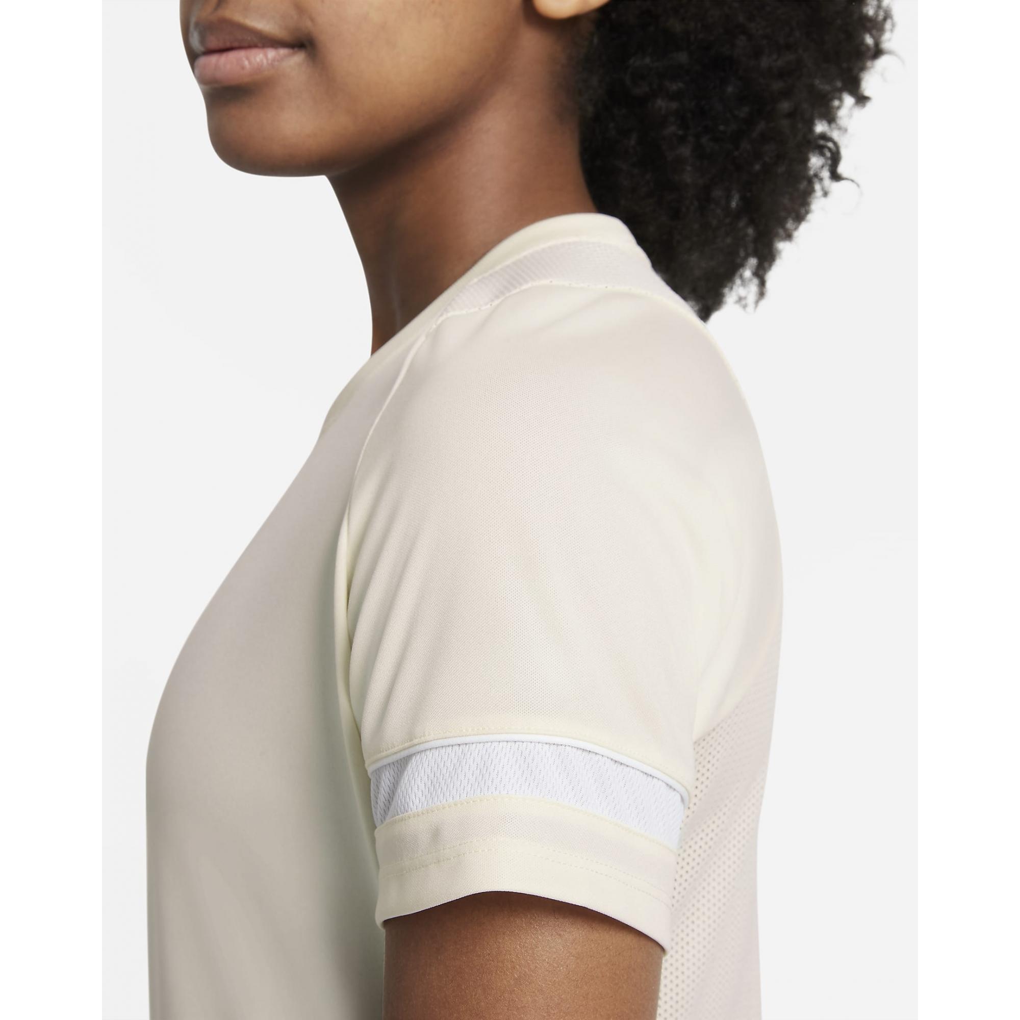 Camiseta Nike Dri-Fit Academy Femina Amarelo