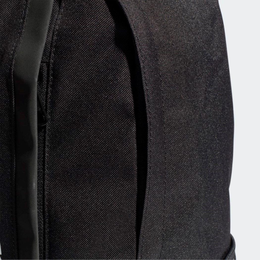 Mochila Adidas Linear Preto e Branco