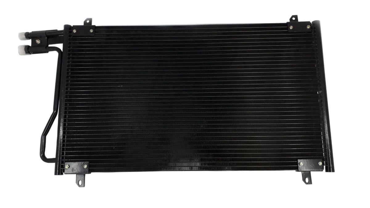 Condensador Sprinter 311/313 ano 2002 em diante  / 413 ano 2006