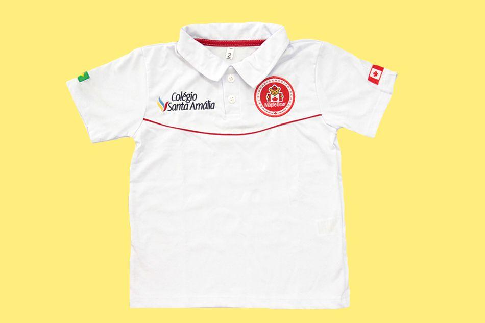 Camiseta Polo Manga Curta Branco Colégio Santa Amália Maple Bear Ensino Infantil