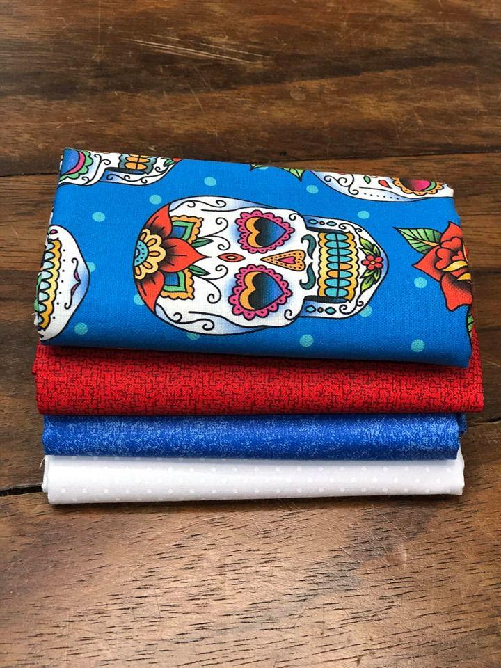 Kit de Tecido Tricoline Caveira Mexicana Digital Fundo Azul