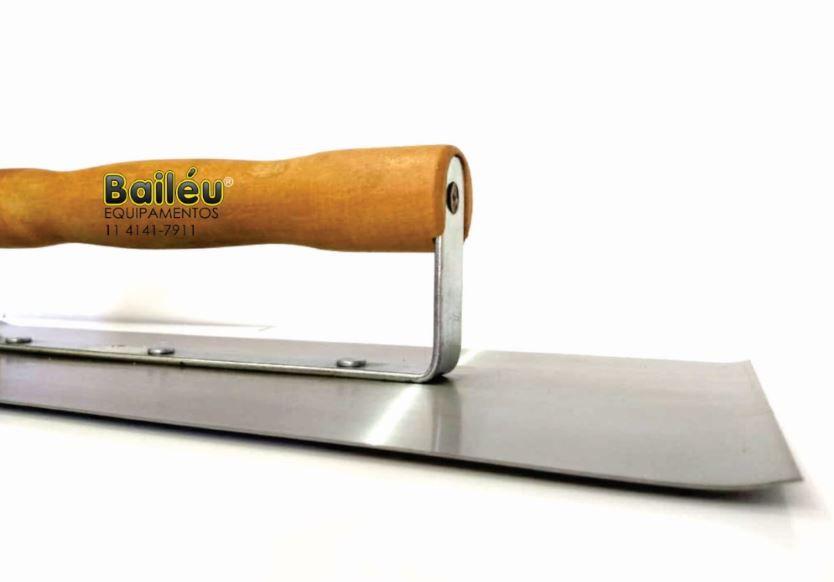 Desempenadeira de Borda V 42 x 18 cm