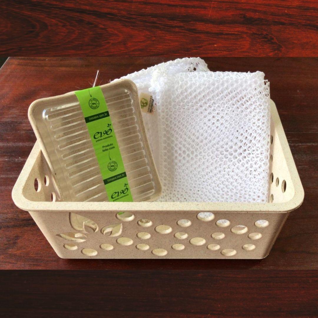 Kit Banheiro organizador cesto P + saboneteira + 3 saquinhos pequenos | Você escolhe um MIMO!