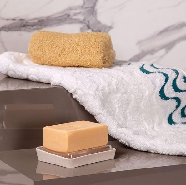 Saboneteira de matéria-prima sustentável da linha evo cor marfim porta sabonete para banheiro lavabo
