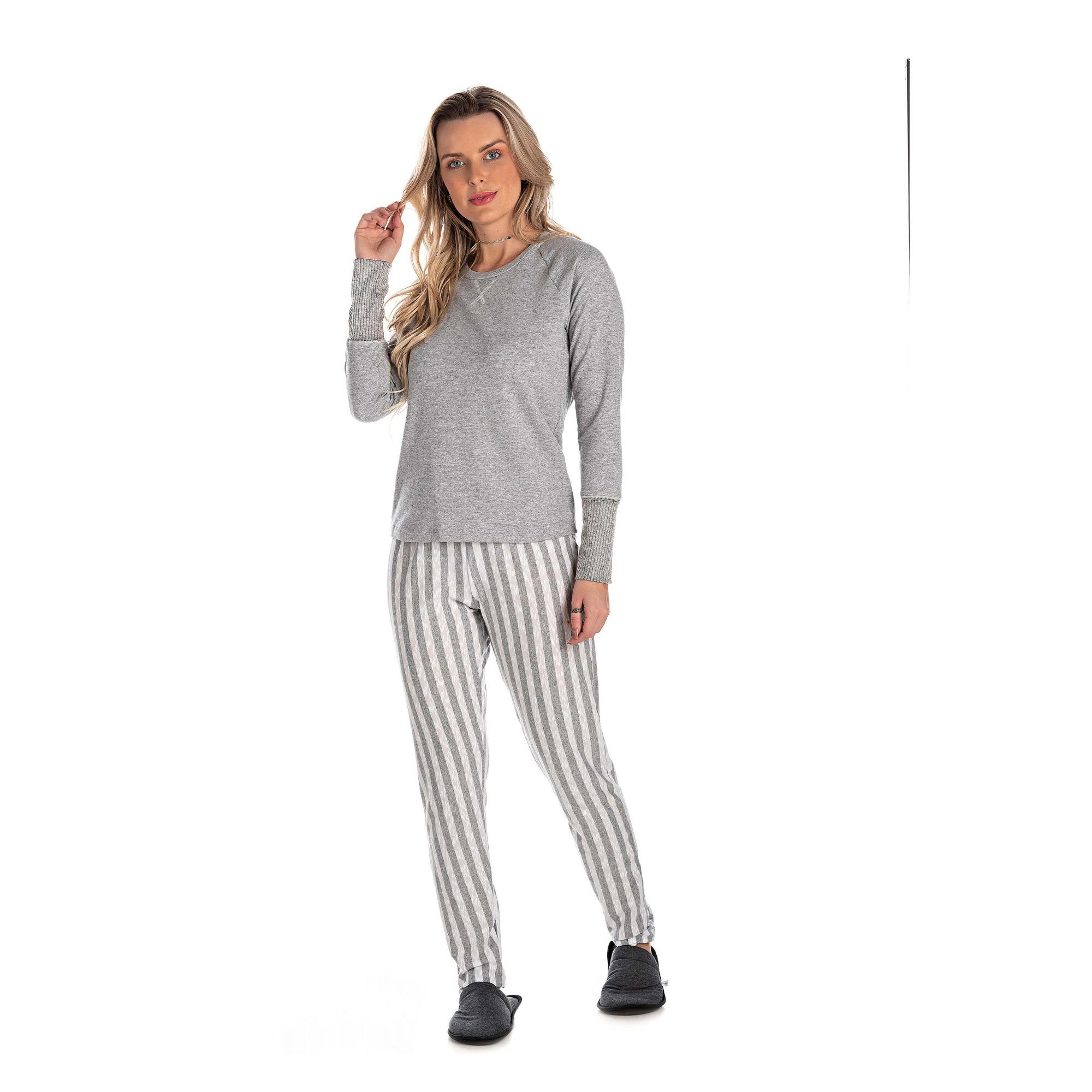 215/A - Pijama Adulto Feminino Longo Com Fio Flamê
