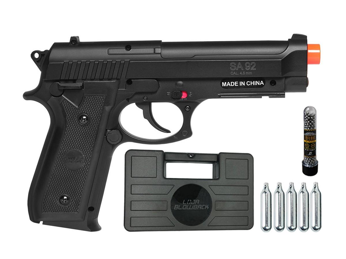 Pistola Airgun Co2 Swiss Arms PT92 Gnbb Cybergun 4,5mm + 5 Cilindros de Co2 + 1 Pack com 500 Esferas de Aço 4,5mm loja Blowback + Maleta loja Blowback