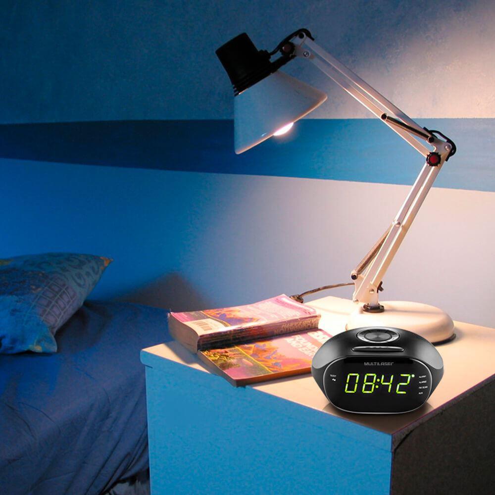Rádio Relógio Multilaser SP202 Bivolt 5w LED Verde Despertador