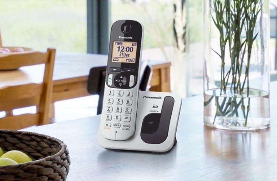 Telefone Sem Fio Panasonic KX-TGC212LB1 com Identificador e Bloqueador de Chamadas Indesejadas
