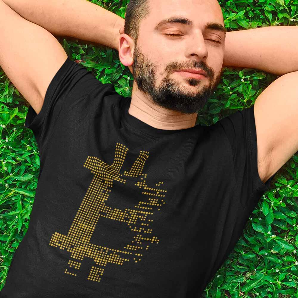 camiseta criptomoeda btc dourado