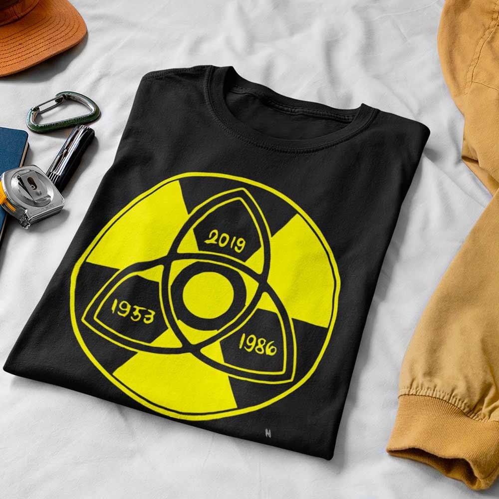 Camiseta Dark Série anos símbolo
