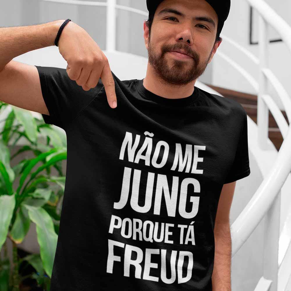 Camiseta Humor Psicologia Nao me Jung Porque ta Freud