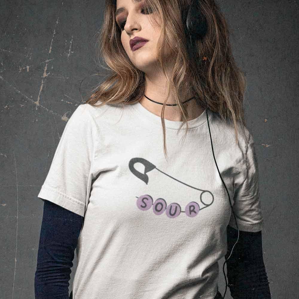 camiseta olivia rodrigo OR Branca