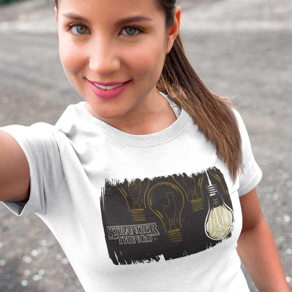 Camiseta Stranger Things 3 Lâmpadas Série de TV