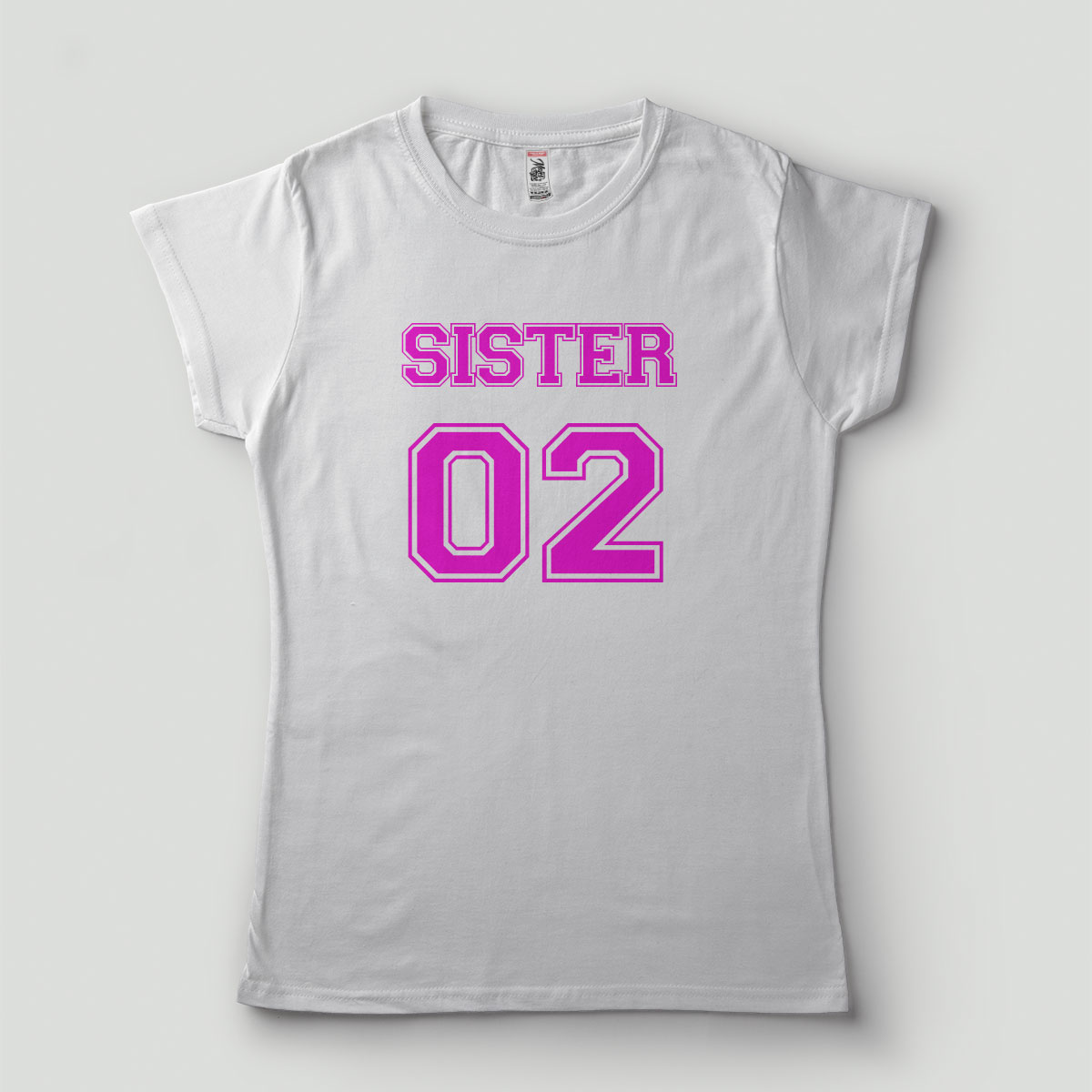 Kit 2 Camisetas Irmãs Sister 01 02 Irmã da noiva - Estampa nas Costas