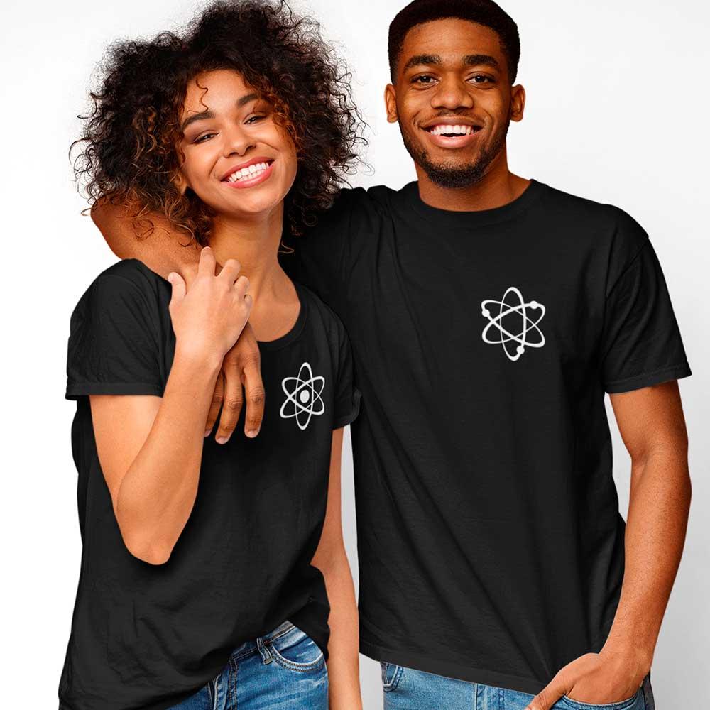 Kit de 2 Camisetas Casal Física Sem proton Sem eletron completos Juntos