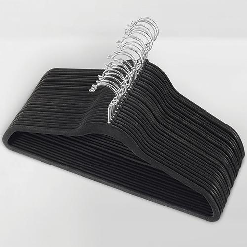 Cabide de veludo Adulto - Preto com gancho prata - Fixel Slim