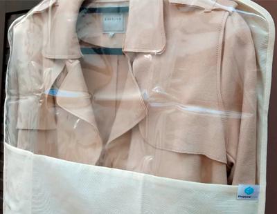 Capa protetora para roupas - curta