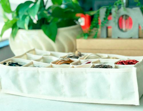 Colmeia organizadora de Algodão orgânico com 18 nichos