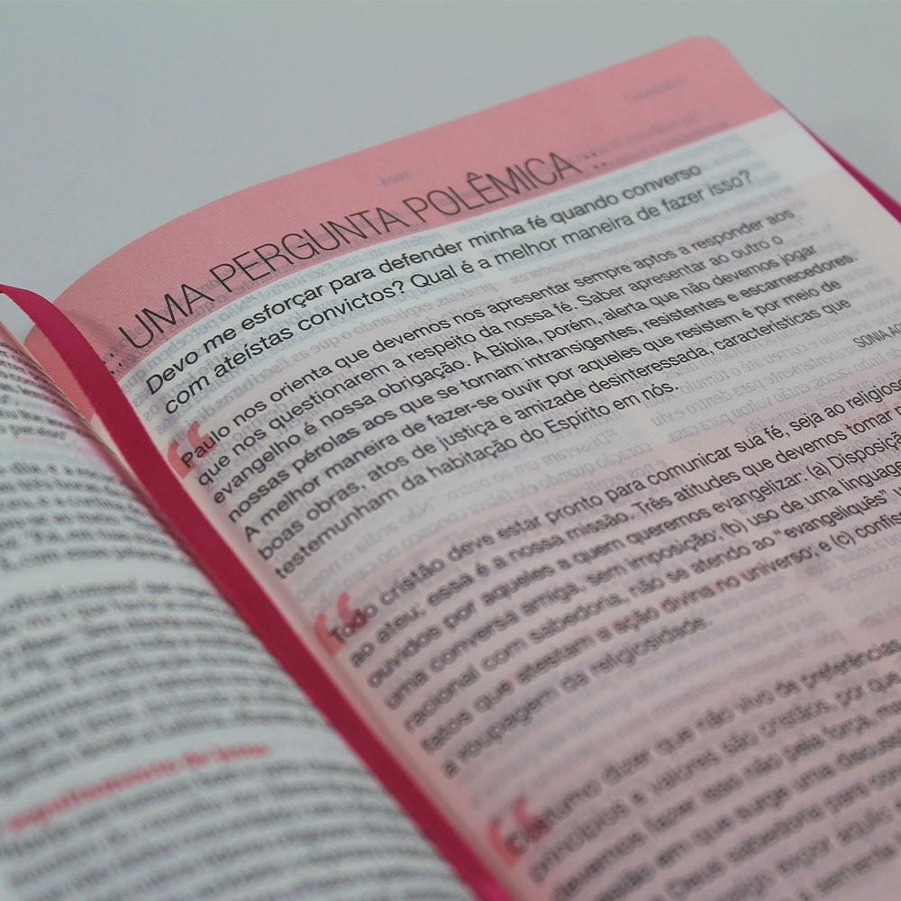 Bíblia de Estudo Desafios de Toda Mulher | NVT