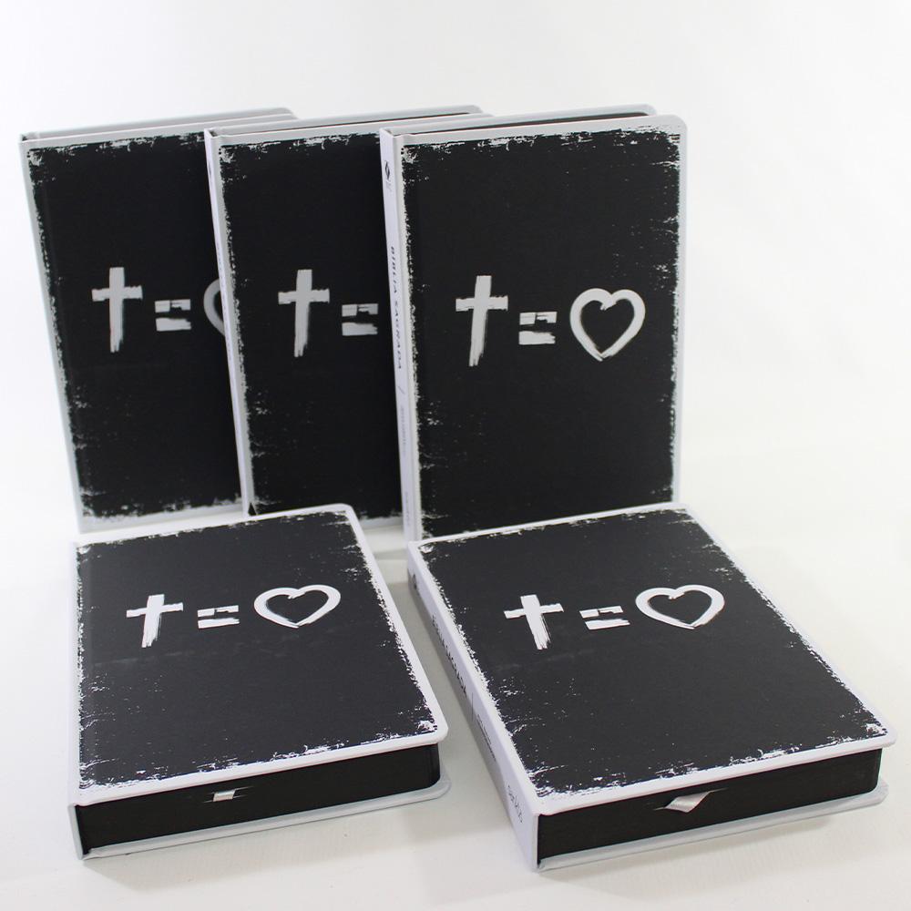 Kit 05 Bíblias NVT Cross Equals Love | Capa Dura