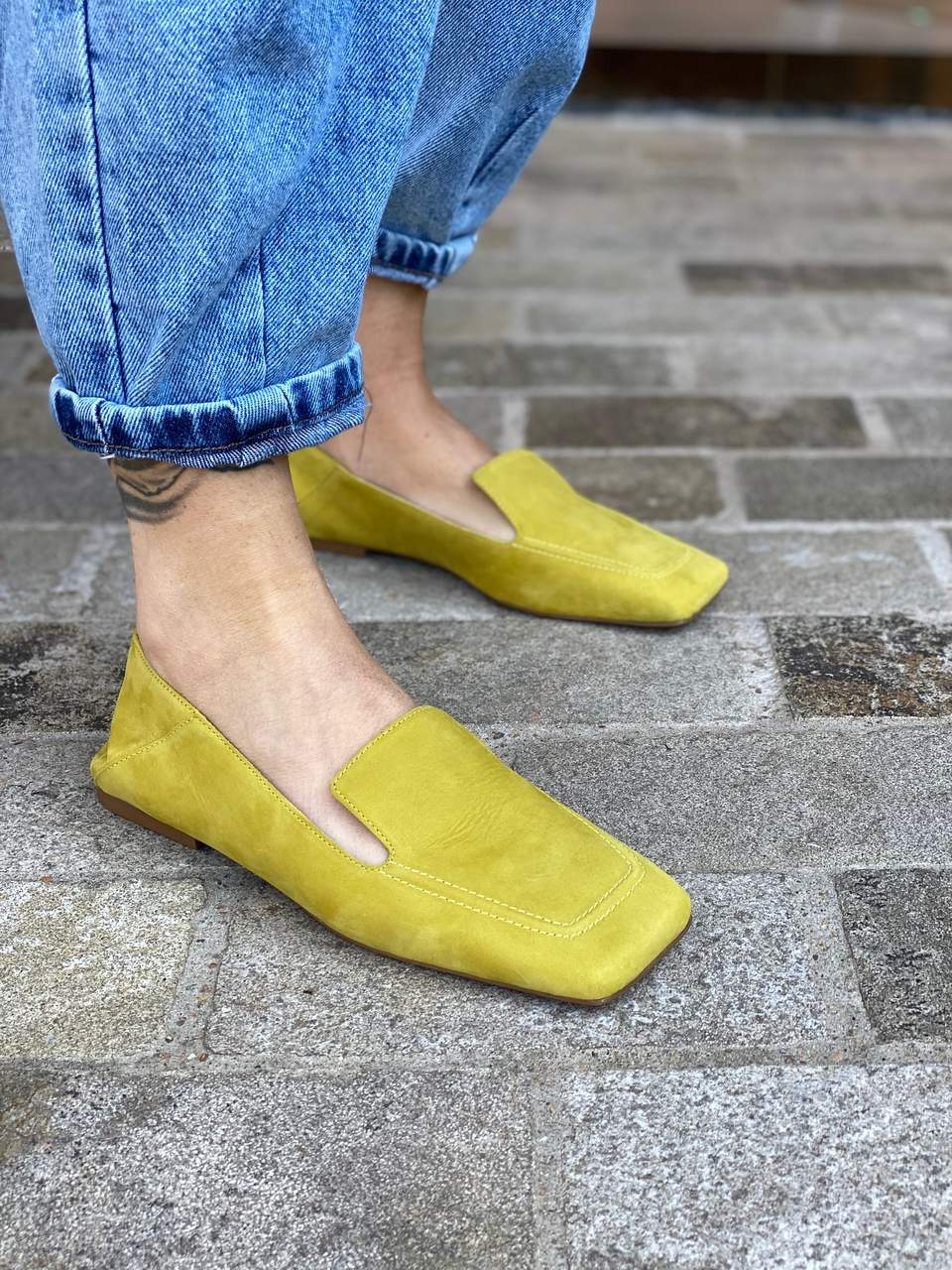 LOAFER COURO NOBUCK MELLOW YELLOW VICENZA
