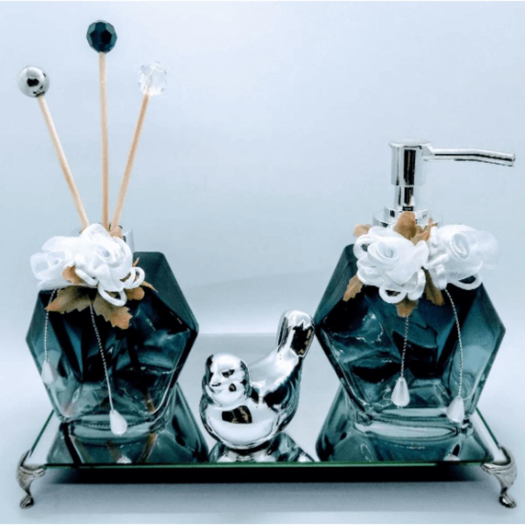 Kit Lavabo Fumê linha Degradê Luxo, Difusor de Ambiente, Saboneteira, Bandeja 22 x 12 cm, 1 Enfeite em Cerâmica