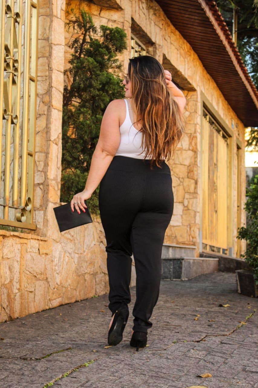 Legging Suplex Preta Canelada Plus Size