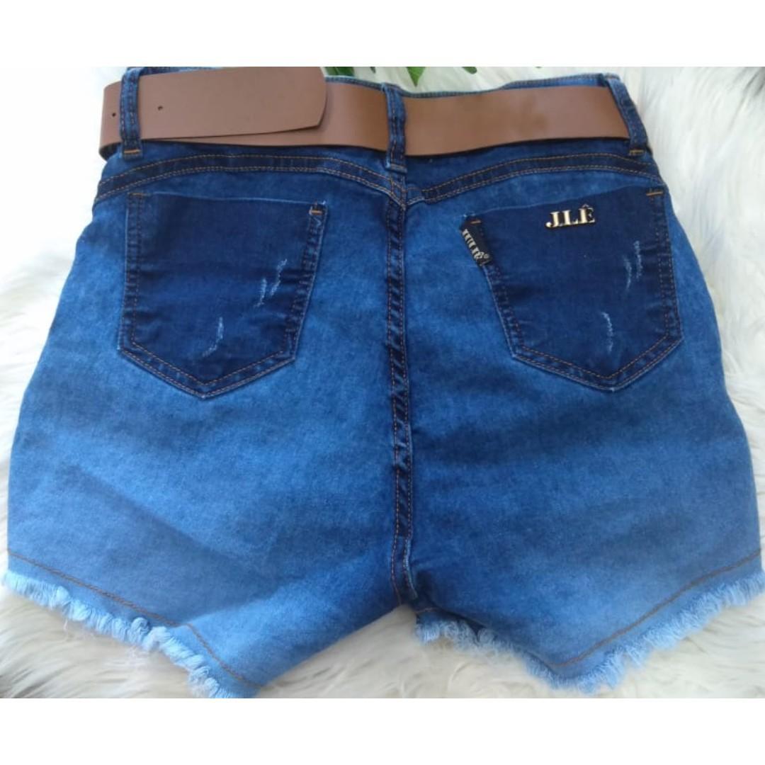 Short Jeans Escuro Recorte Lateral Spaik c/Cinto Drapeado