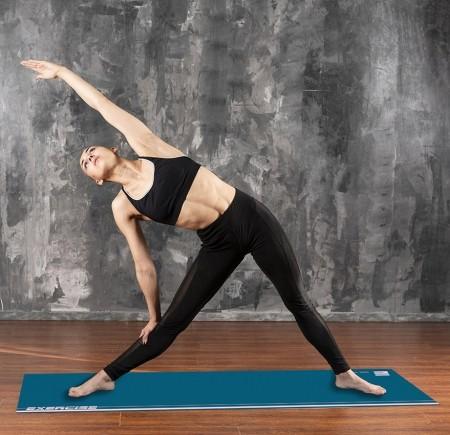 Tapete Mat exercícios azul e rosa claro 0,66X1,85m