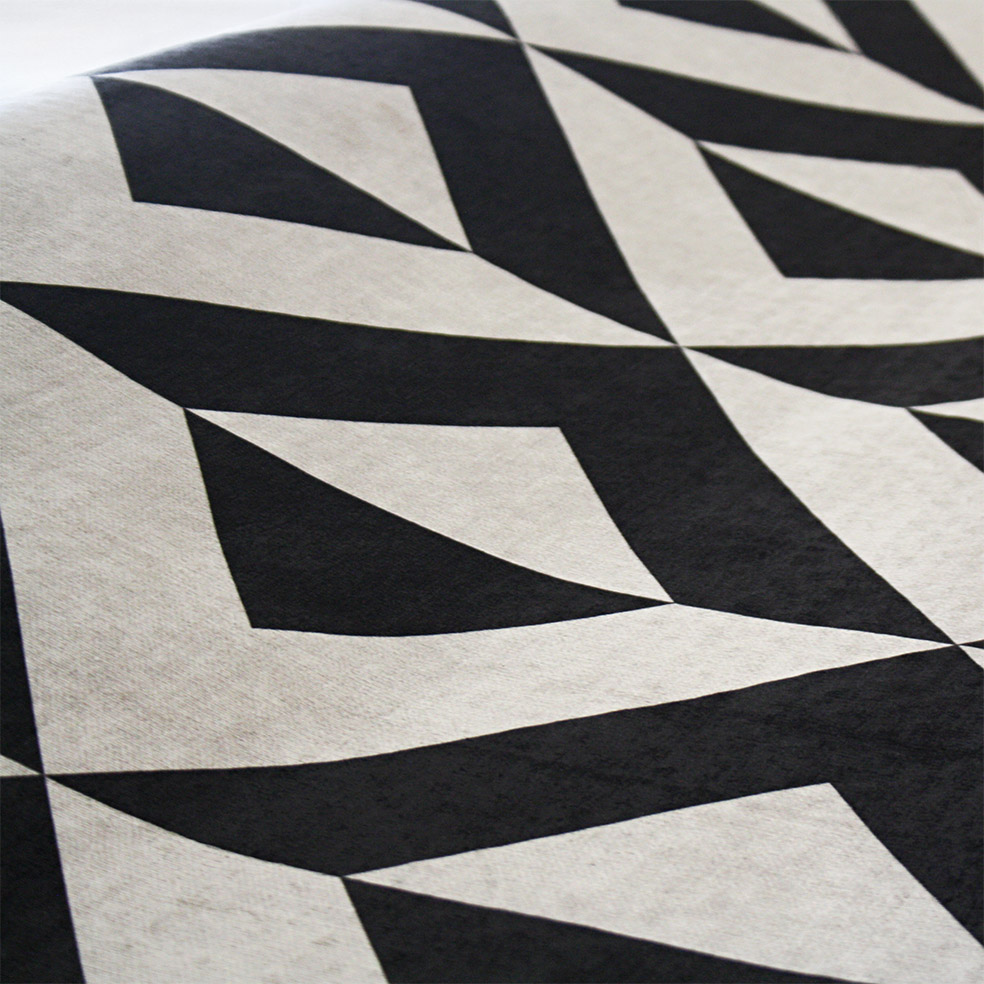 Passadeira Illusion preto e off - 66 x 240 cm