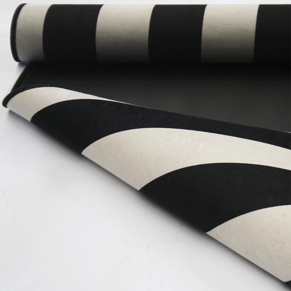 Tapete Stripes preto e off