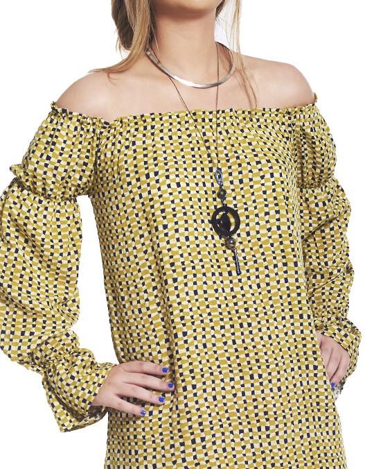 Vestido OCNA BRASIL Ombro Reto e Manga Longa Botão de Ouro