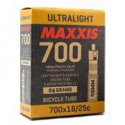 Câmara de ar Maxxis Ultralight 700x18/25c com válvula de 60mm