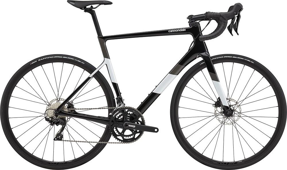 Bicicleta Cannondale SuperSix EVO Disc 105 na cor preto (modelo 2021)