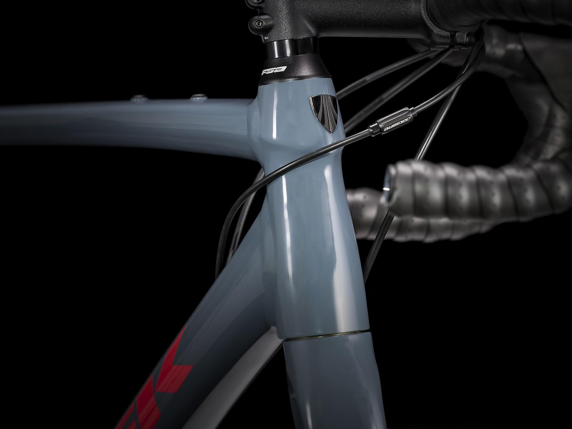 Bicicleta Trek Checkpoint AL 4