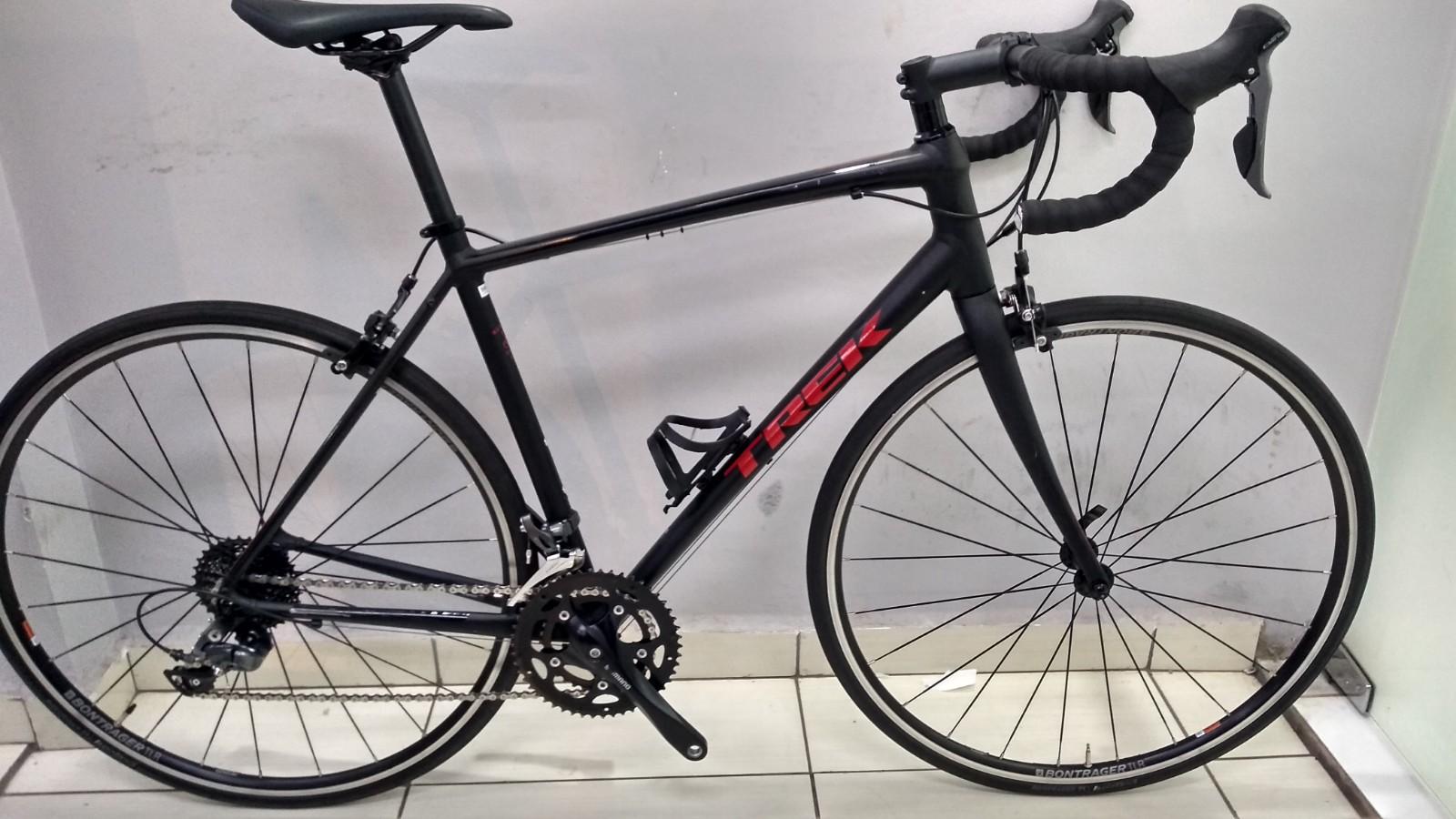 Bicicleta Trek Domane AL 2 - tamanho 56cm (Produto usado)