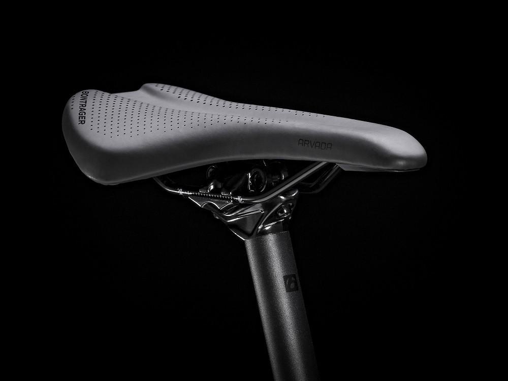 Bicicleta Trek Marlin 4 na cor Matte Anthracite (modelo 2021)