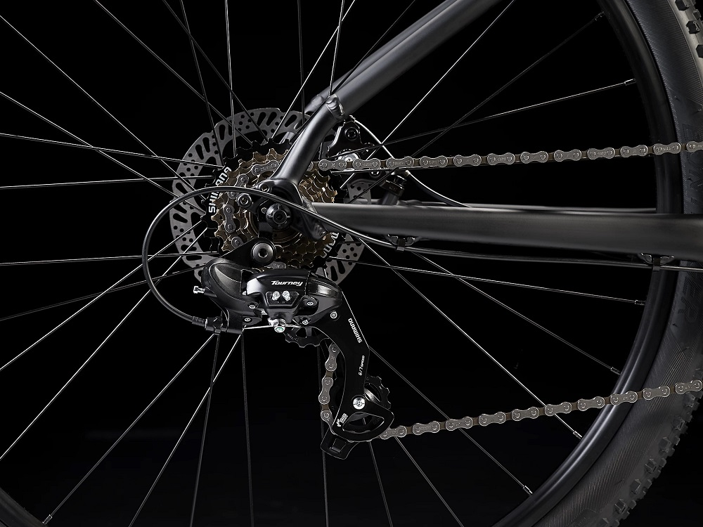 Bicicleta Trek Marlin 4 na cor Matte Trek Black (modelo 2022)