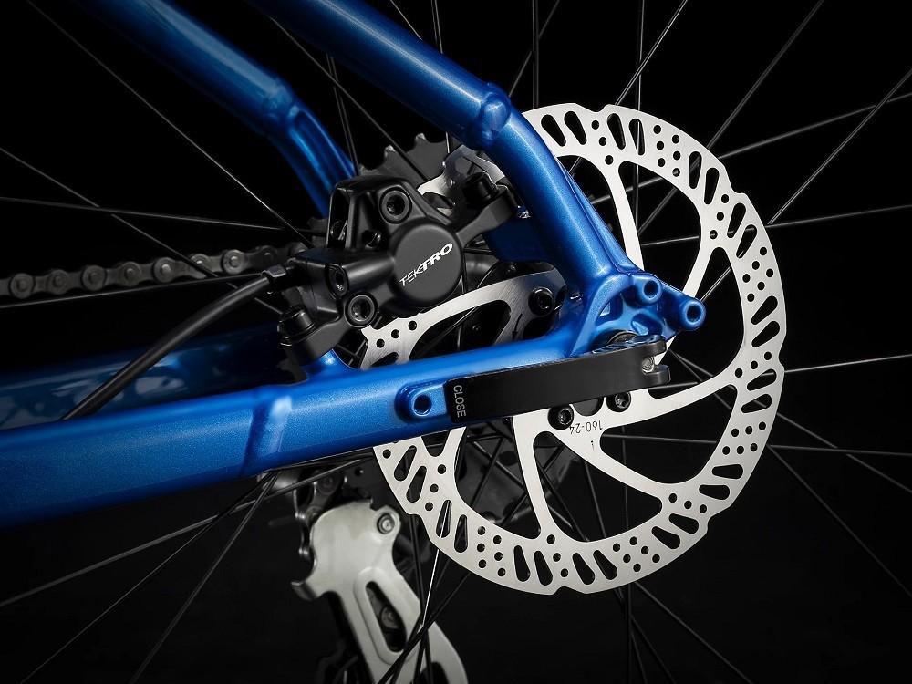 Bicicleta Trek Marlin 6 na cor Alpine Blue