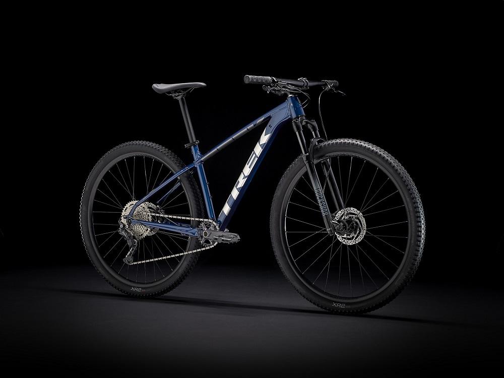 Bicicleta Trek X-caliber 7 na cor Mulsanne Blue/Anthracite