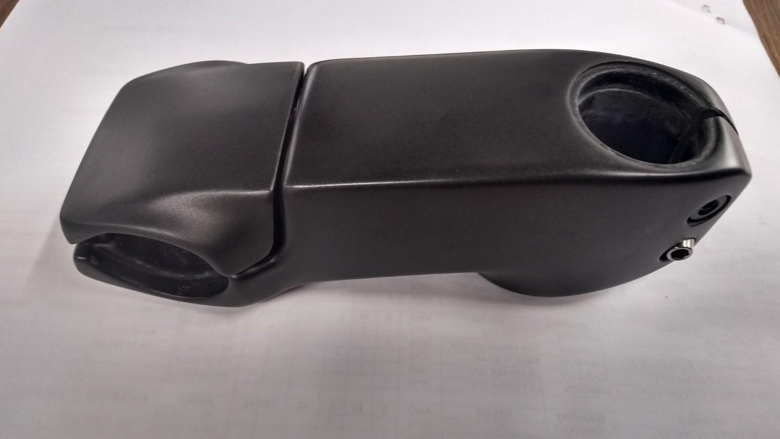 Mesa Trek Madone SLR tamanho 110mm (retirado de bicicleta nova)