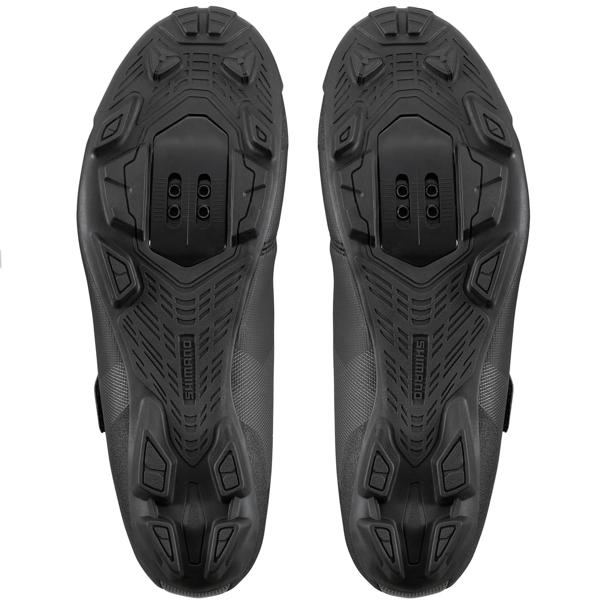 Sapatilha Shimano XC100 para MTB na cor preto